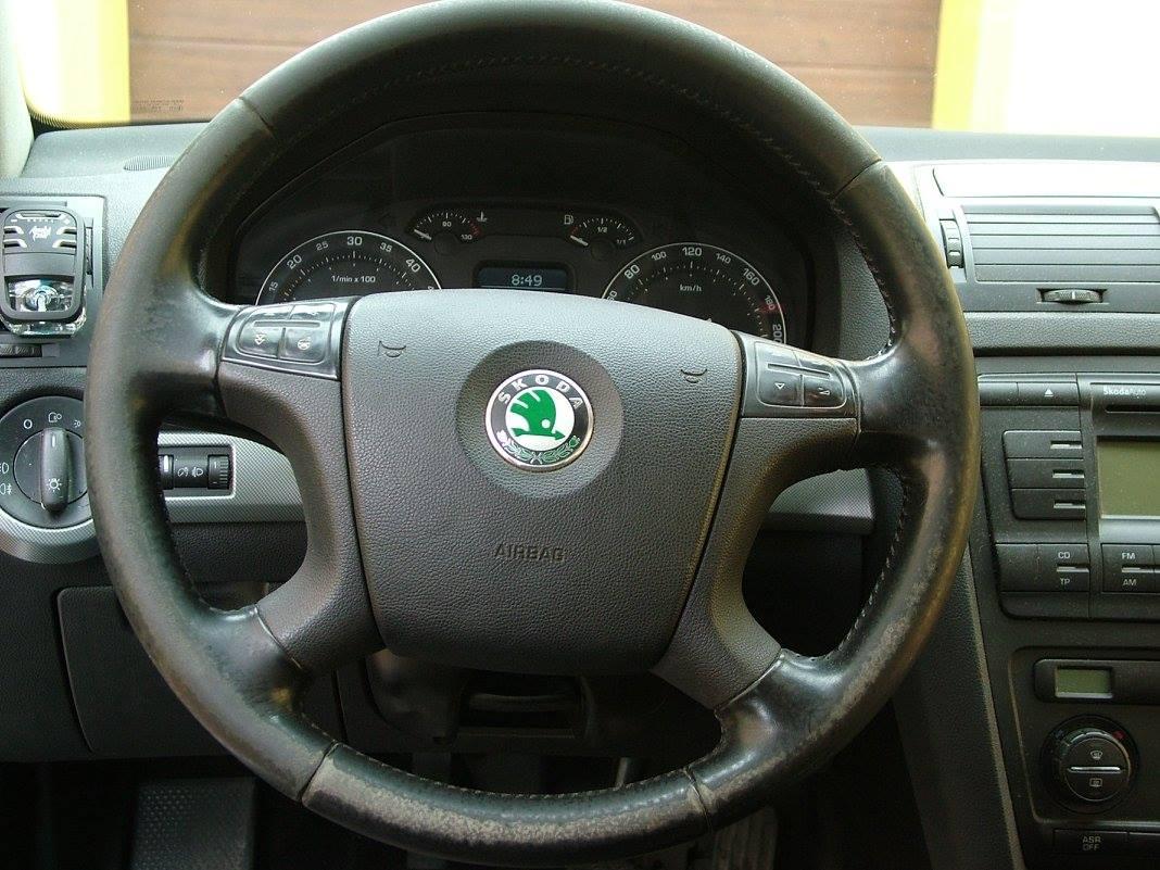 Before-Renovace koženého volantu